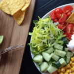 Mexicansk salat med chili con carne